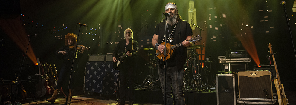 Steve Earle on Austin City Limits ©️KLRU photo by Scott Newton