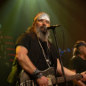 Steve Earle and The Dukes on Austin City Limits © KLRU photo by Scott Newton