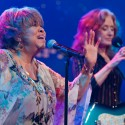 Mavis Staples / Bonnie Raitt © KLRU by Scott Newton