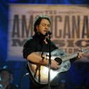 Amos Lee by Erika Goldring