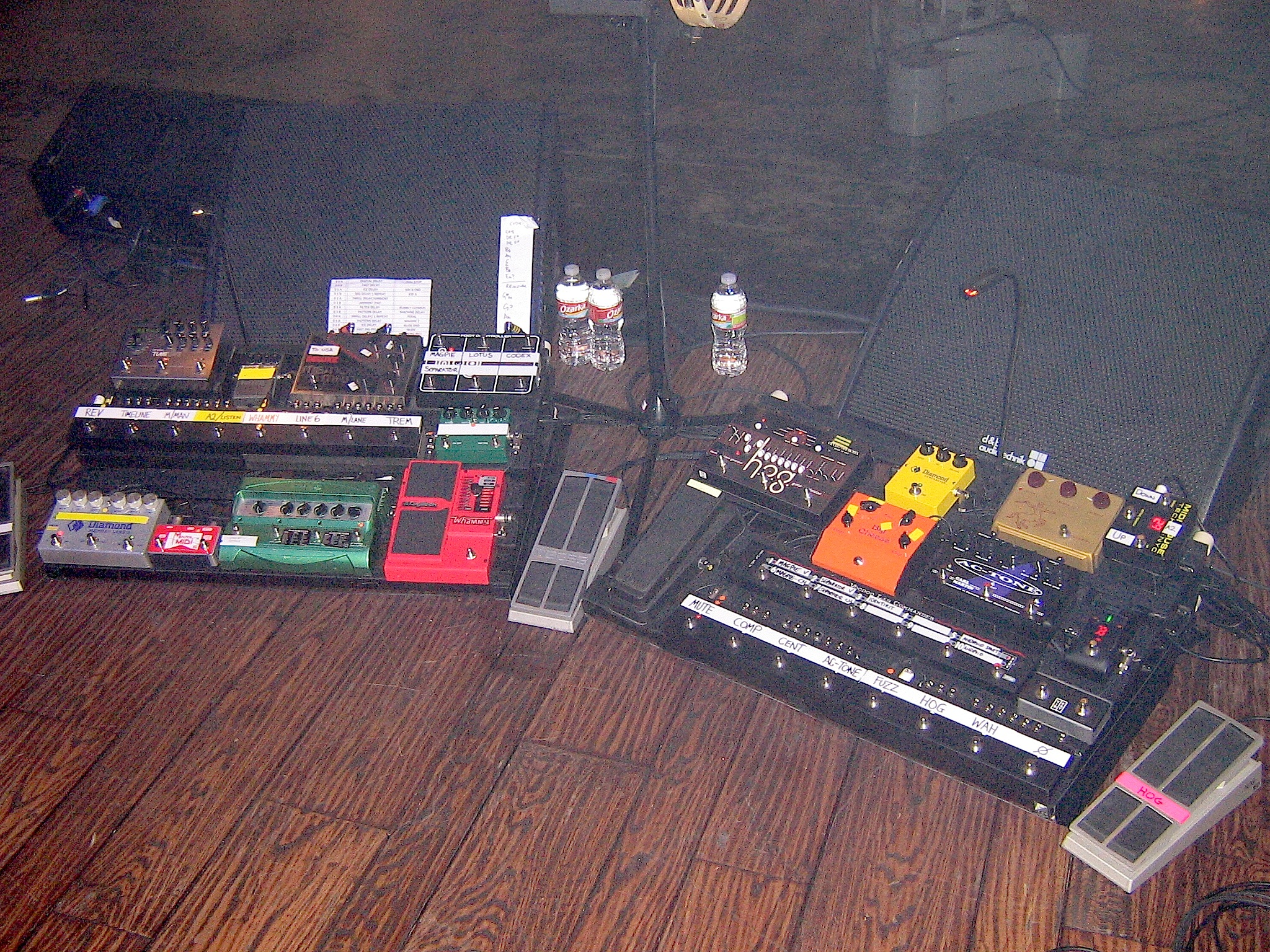 guitarists with multiple pedalboards harmony central. Black Bedroom Furniture Sets. Home Design Ideas