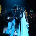 jack white sings with girl