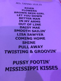 Leon Bridges Taping Set list
